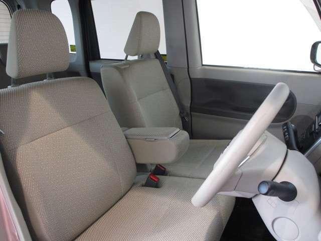 操作性の良い運転席。