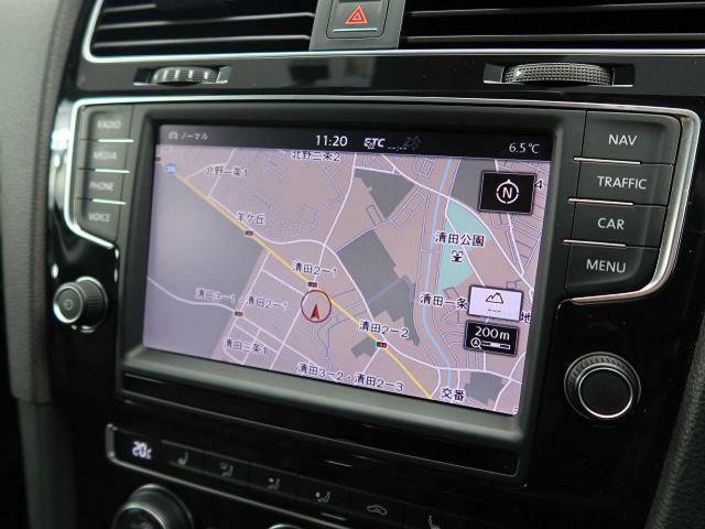 ●フォルクスワーゲン純正ナビ:高級感のある車内を演出させるナビです!