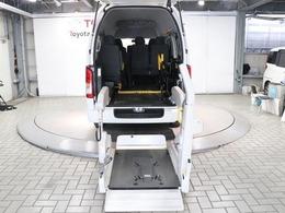 トヨタ ハイエースバン 2.0 ウェルキャブ Bタイプ ロング 福祉車両 SDナビ Bカメラ キーレス 10人乗