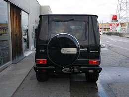 G500L 入庫しました!フェイスチェンジ、20インチアルミホイール!マフラーなどカスタム多数車両です!ブラックレザーシート!サンルーフ!ご来店お待ちしております。