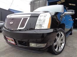 キャデラック エスカレード 6.2 4WD ESV ロング 1ナンバー 純正22AW ETC サンルーフ