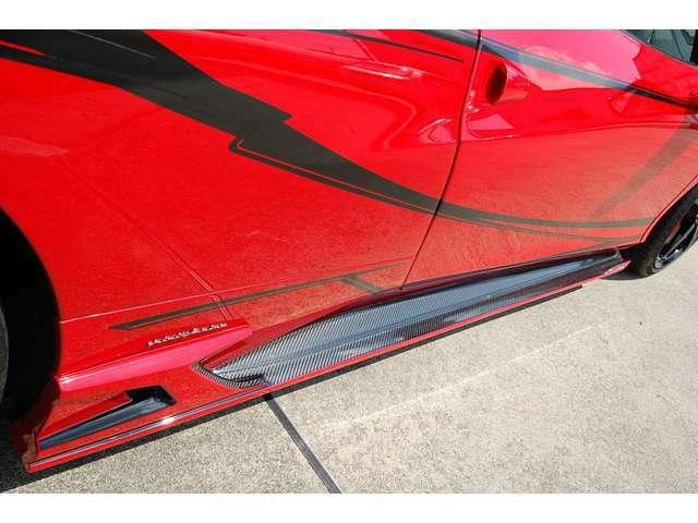 カスタムスパイダー ROWENフルカーボンエアロ塗分け F1エキゾーストマフラー可変式リモコン付 カーボンローター レッドキャリパー オリジナルライン 各エアロ塗分け オリジナルフェラーリマット