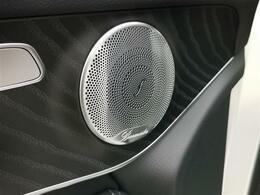 「ブルメスターサウンド」搭載でクリアーな高音に迫力の重低音をお楽しみ頂けます♪