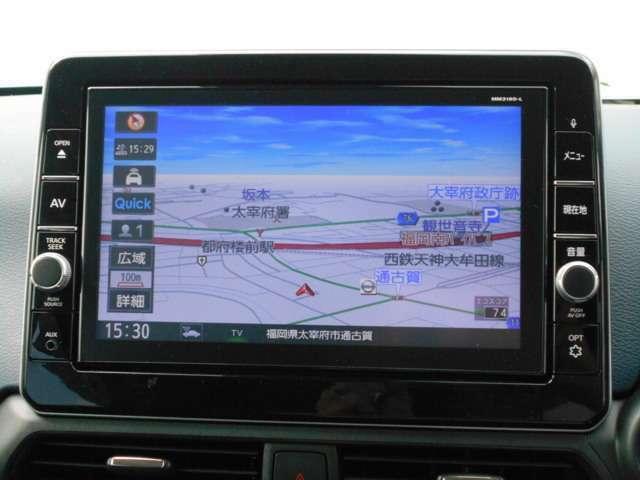 軽自動車での9インチナビは迫力が違いますね。大画面ですのでとても見やすくドライブも楽しくなりますね♪