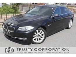 BMW 5シリーズ 528i ユーザー様下取 黒本革シート 地デジ