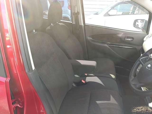 ◆運転席まわり◆ますますドライブが楽しくなる、明るく開放的な運転席まわりです!