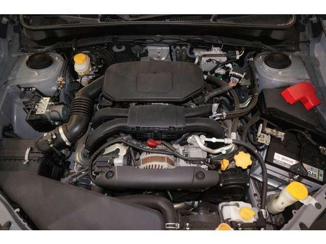 スバルが誇る水平対向エンジン。