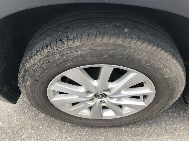 タイヤ・ホイールの写真です。