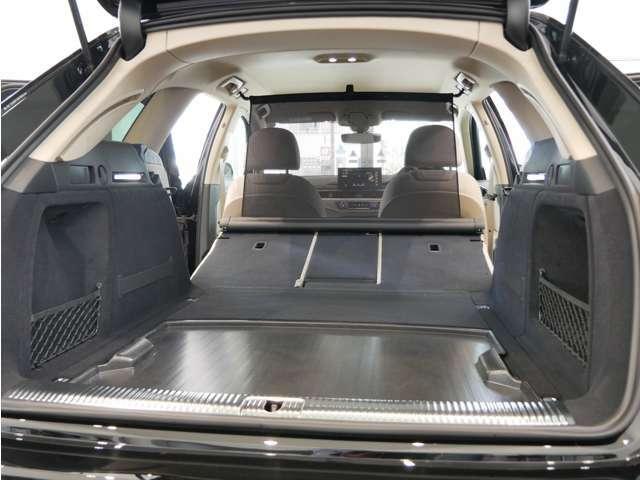 ラゲッジスペース トランク容量 495L シートを倒せば最大1495L(カタログ値)