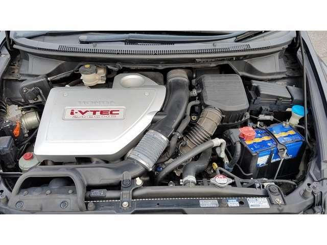 直列4気筒DOHC・2400ccタイミングチェーン式エンジン^^!燃費11km/L(10.15モード・カタログ値)ハイオク仕様となります☆^^!☆