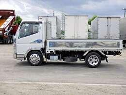 車両総重量4695kg 最大積載量2000kg