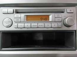 純正CD装備、お好みでナビゲーションやリアカメラ取付も可能です