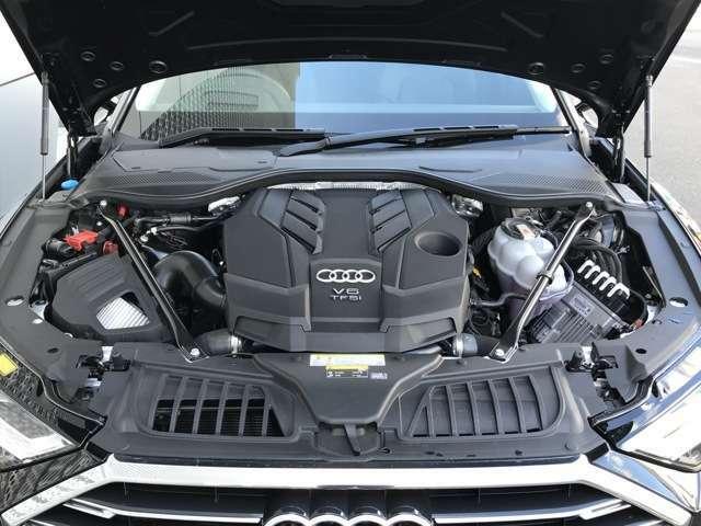 大排気量化せず、燃費を大幅に向上させると同時に、全回転域でトルクフルな加速をもたらします。ガソリンエンジンの新たな方向を示唆する『TFSIエンジン』を搭載。お問合せはフリーダイヤル【0066-9711-222859】へ