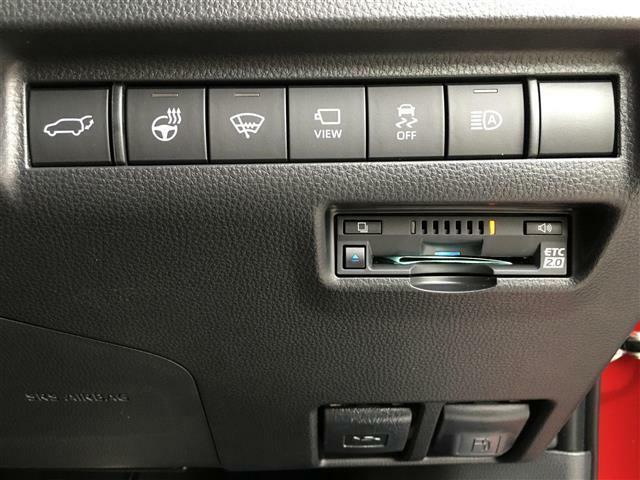 【主要装備】パワーバックドア/ステアリングヒーター/マルチカメラ/ETC2.0