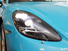 LEDヘッドライト装備(PDLS+)(4灯式デイタイムランニングライト付)