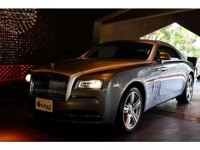 このお車でリゾートにお出かけやホテル、ゴルフ場など素敵な相棒となる事となるでしょう!