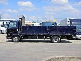 車両総重量7960kg 最大積載量2050kg