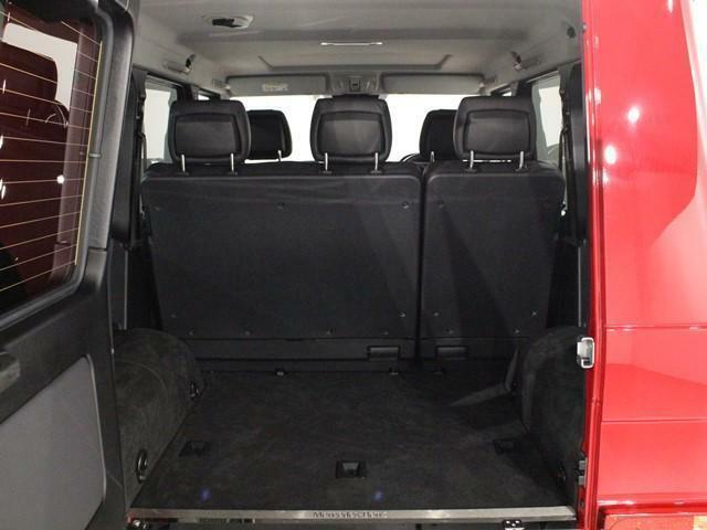 収納スペースは様々な箇所に用意されており、散らかりがちな車内を綺麗に整頓する事ができます。