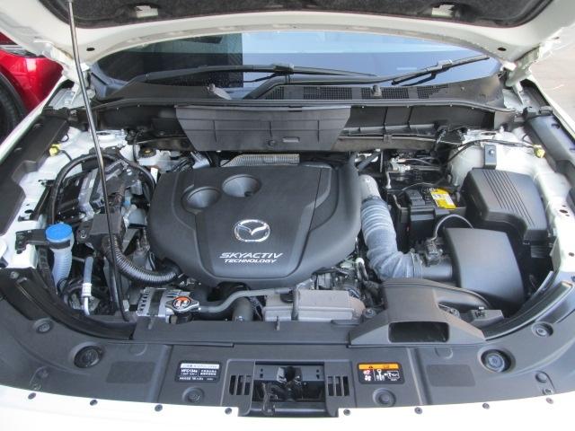 エンジン性能の中核をなす燃焼に徹底的にこだわり、燃費、排出ガス、静粛性、走行性能というすべての性能を向上させたSKYACTIV-Dを搭載!