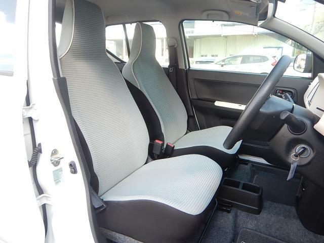 運転席も助手席も綺麗な状態です!是非ご来店頂き現車ご覧ください!