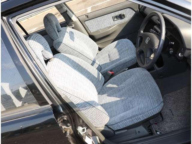 運転席シートも大変キレイです!