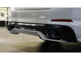 ・イノベーションパッケージ(BMWディスプレイキー、リモートパーキング、ジェスチャーコントロール、ヘッドアップディスプレイ)・・・299,000円(税込)