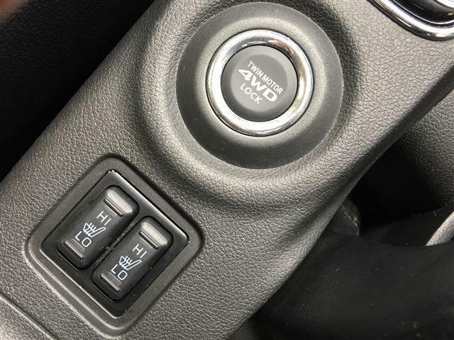【初めてお車をご購入のお客様】ご不安ございません。必要書類もしっかりとわかりやすくサポート致します。詳しくはスタッフまで