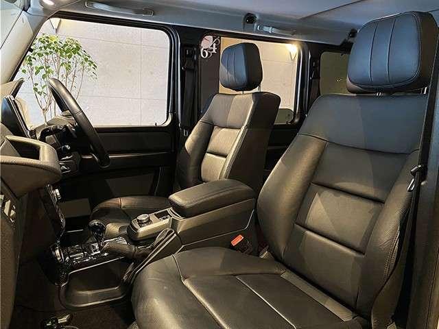 D席もP席も、レザーの擦れやヨレなどもなくグッドコンディションです。全席シートヒータ完備です。