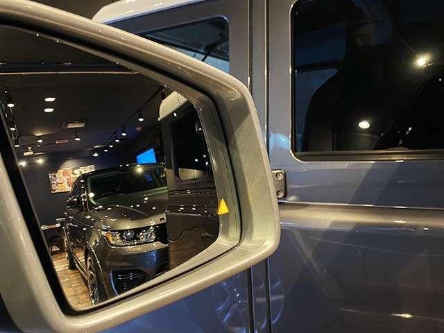 アクティブブラインドスポットアシスト装備!ミラーで見えない斜め後ろ死角エリアを常にモニタリングし、走行中や車線変更時に注意を喚起。側面衝突の危険を検知すると、クルマが危険回避をサポートします。