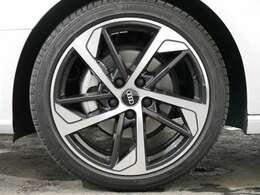 Audi Sport製18インチアルミホイール☆関東最大級のAudi・VW専門店!豊富な専門知識・経験で納車後もサポートさせていただきます☆