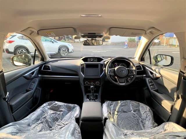 オーディオレス車なので、お好きなナビゲーション取付可能!