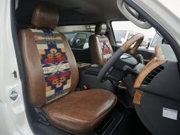 フロントシートはペンドルトン! 数量限定のツーソンネイビーで仕上