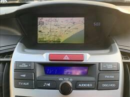 純正HDDナビを装備。フルセグ、DVD再生可能、音楽の録音も可能です。
