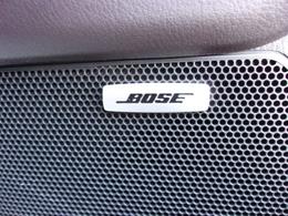 メーカーオプションの心地よい音を奏でるBOSEサウンドシステム!