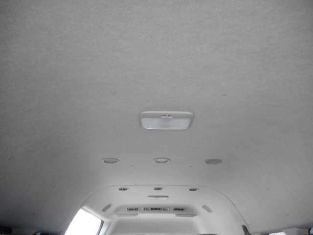 天井も高くて圧迫感がありません