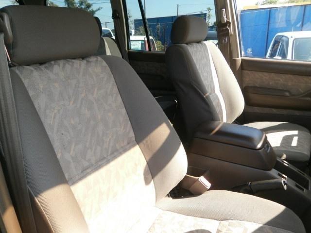 ◆当店は、車の内装に関しましても妥協を許さず仕上げております♪できる限り細かい部品等も取り外し清掃を行っておりますので、自信を持って展示しております♪