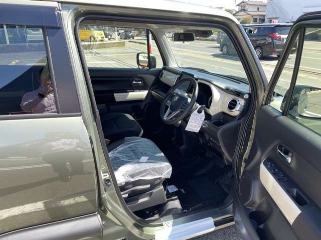 【保証内容紹介】■メーカー新車保証5年間10万キロ!全国のディーラーで保証対応可能ですので、遠方のお客様でも安心です。