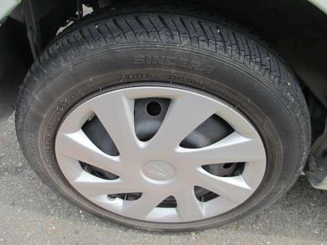 タイヤ4本新品交換