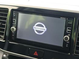 純正ナビ付き!地デジTV、DVD再生、Bluetooth機能も有り。