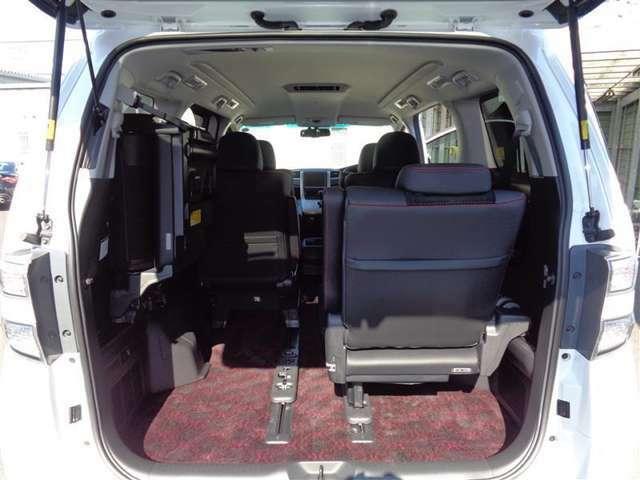 ボディコーティングやガラスコート、エアコン洗浄など。毎日乗る車はキレイに保ちたいですよね!