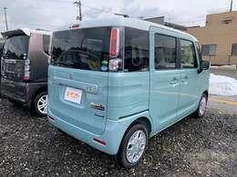 新車.中古車販売車両全て下廻り洗車、錆止め作業をやらせていただきます。