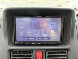 ◆2.新品のカーナビも装備されていてCD/DVDはもちろん携帯に接続できるBluetoothも使えます!!