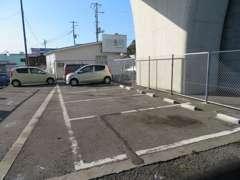 お客様駐車スペースもございます!