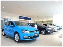 ■ショールームでは新車の展示も行っております。新型車の展示もしておりますのでお気軽にご来店くださいませ。
