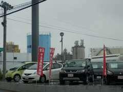 中古車展示場☆長崎三菱100台の中から希望のお車をお探しいたします!お気軽にご相談下さい。