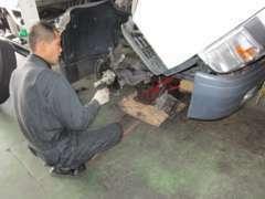 車検整備 板金塗装 ボデー修理
