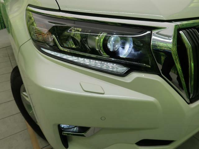 ●【LEDヘッドライト&LEDフォグランプ】装備!明るく高寿命なヘッドライト&フォグランプです☆白色光は見えやすく夜も安心ですね(^^♪