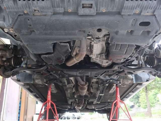 Aプラン画像:ジャッキアップをして下回り足回り確認済みです。 ※当社ホームページにて多くの画像を公開しています→ https://protcars.com/gre156h-1002242/