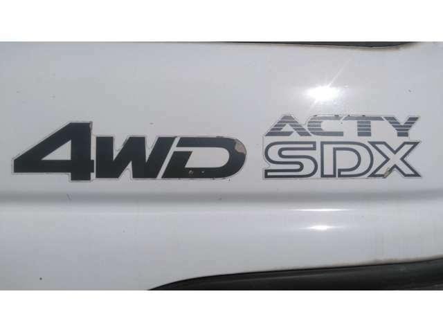 4WD!5速MTマニュアルミッション!