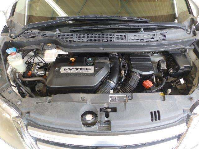 全域トルクフルな、V6 i-VTECパワーユニットが収まるエンジンルームもクリーニング済みで綺麗です。
